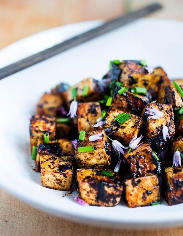Tofu à l'ail noir
